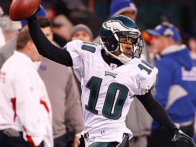 Eagles DeSean Jackson celebrates en route to his game-winning touchdown. (Ron Cortes/Staff Photographer)