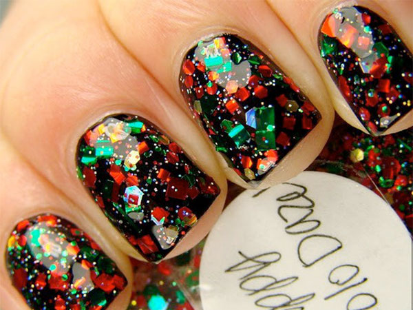 Try these gorgeous holiday nails.