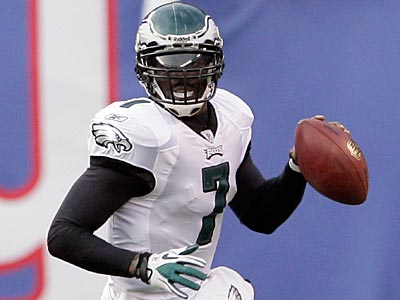 Michael Vick´s midnight green jersey is the top-selling football jersey in the past 4 weeks. (Yong Kim / Staff Photographer)