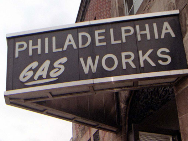 The neighborhood office of Philadelphia Gas Works at 5230 Chestnut St in West Philadelphia. (Alejandro A. Alvarez / Staff Photographer)