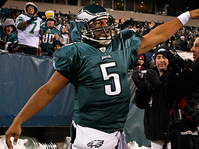 Donovan McNabb and the Eagles have clinched a playoff spot with two games left in the regular season. (Ron Cortes/Staff Photographer)