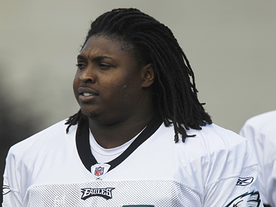 Rookie defensive tackle Jeff Owens has been promoted to the Eagles´ active roster. (AP Photo/Matt Rourke)