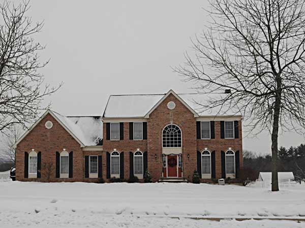 House for sale for $650,000 in Harlesville. ( RON TARVER / Staff Photographer ) December 18, 2013