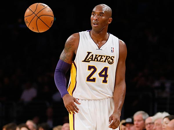 Los Angeles Lakers´ Kobe Bryant (AP Photo/Danny Moloshok)
