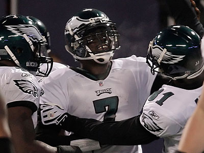 Michael Vick has been named the Eagles´ Ed Block Courage Award recipient for this season in a vote of his teammates. (David Maialetti / Staff Photographer)