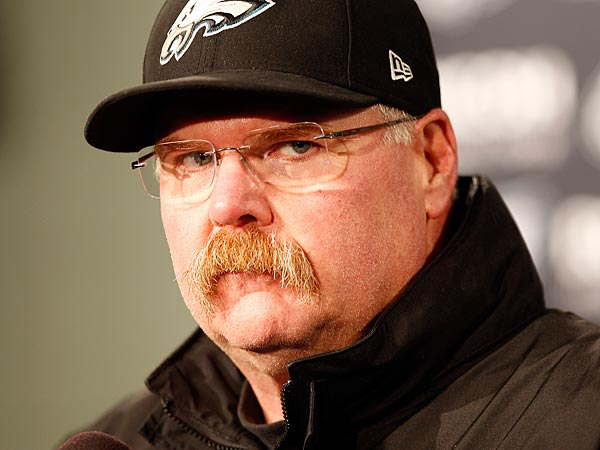 The Eagles´ head coach Andy Reid meets with the media during his post-game press conference. (Yong Kim/Staff Photographer)
