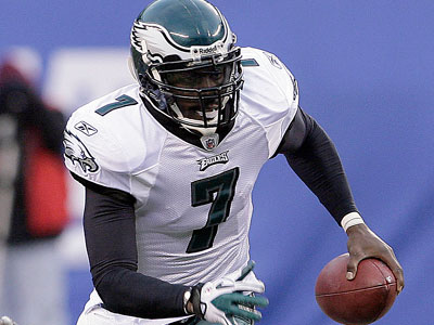 Michael Vick and the Eagles take on the Vikings Sunday. (Yong Kim/Staff Photographer)