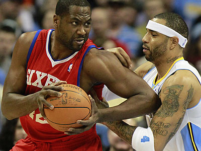 Elton Brand had 16 points and 17 rebounds in the 76ers´ win over the Nuggets. (Barry Gutierrez/AP)