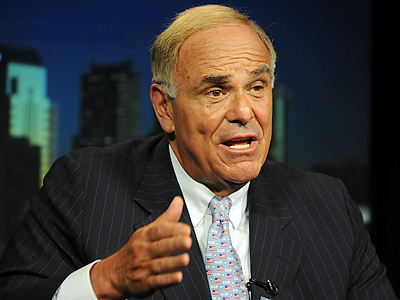 """I think it´s a joke,"" Governor Ed Rendell said of the decision to postpone the Eagles game. (Sarah J. Glover / Staff File Photo)"