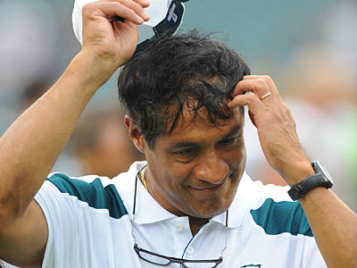 Juan Castillo´s defense showed improvement toward the end of the season. (Clem Murray/Staff Photographer)