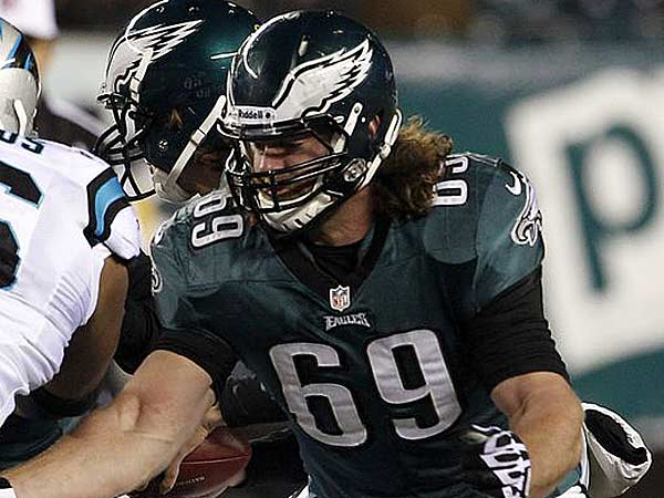"""I´m going to keep trying to be the best player in the league, whether or not anybody´s watching. Just trying to perfect my craft,"" Evan Mathis said. (Yong Kim/Staff Photographer)"