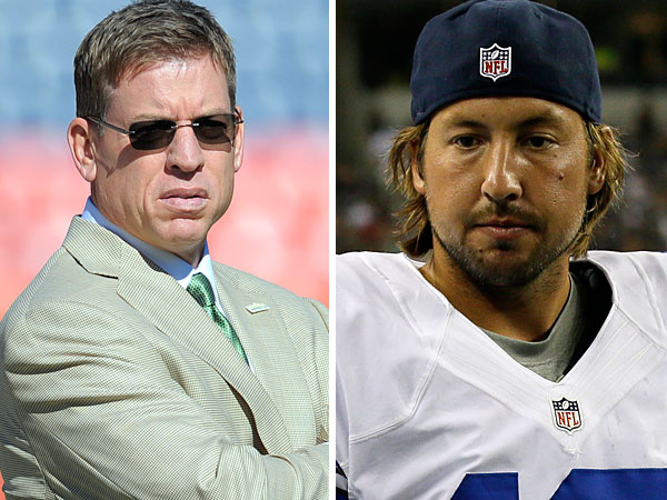 Troy Aikman and Dallas Cowboys quarterback Kyle Orton. (AP Images)