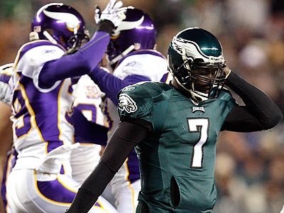 Michael Vick was battered throughout the night by the Vikings´ defense. (David Maialetti/Staff Photographer)