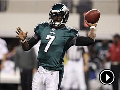 Michael Vick and the Eagles starters will take the field Sunday. (AP Photo/Sharon Ellman)