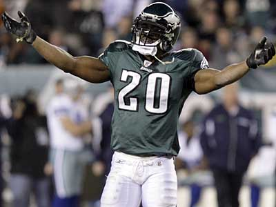 Eagles safety Brian Dawkins has been named the NFC´s Defensive Player of the Month. (Yong Kim / Staff Photographer)