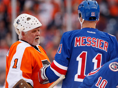 66-year-old Bernie Parent Steals Show As Flyers Beat Rangers In Alumni Game