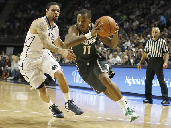 Michigan State´s Keith Appling (11) in action in the NCAA college basketball game between Penn State and Michigan State on Tuesday Dec. 31, 2013 in State College, Pa. (Keith Srakocic/AP)