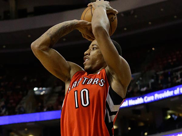 Toronto Raptors´ DeMar DeRozan in action during an NBA basketball game against the Philadelphia 76ers, Friday, Jan. 24, 2014, in Philadelphia. (AP Photo/Matt Slocum)