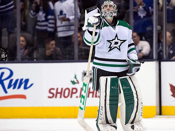 Dallas Stars goaltender Kari Lehtonen looks up at the replay after<br />giving up the game winning overtime goal to the Toronto Maple Leafs<br />during an NHL hockey game, Thursday, Dec. 5, 2013 in Toronto. (AP<br />Photo/The Canadian Press, Frank Gunn)