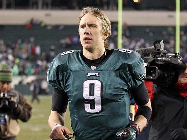 Eagles&acute; Nick Foles runs off the field after losing to the New Orleans<br />Saints on Saturday, January 4, 2014 in the first round of the NFC<br />playoffs.  ( Yong Kim / Staff Photographer )