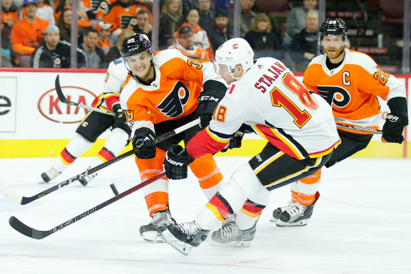 The Flyers play the Calgary Flames on Saturday, November 18, 2017 in Philadelphia.  YONG KIM / Staff Photographer