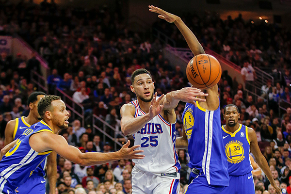 The Sixers play Golden State Warriors on Saturday, November 18, 2017 in Philadelphia.  YONG KIM / Staff Photographer