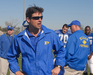 "Kyle Chandler plays Coach Taylor on NBC's ""Friday Night Lights,"" a drama about football and more that's on . . . Wednesday nights."