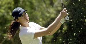 Michelle Wie , sidelined with a wrist injury, has confirmed she will return to play in the McDonald's LPGA Championship.