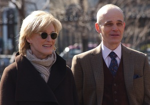 "Glenn Close plays strong-willed litigator Patty Hewes, going up against rival attorney Ray Fiske (Zeljko Ivanek) on FX's legal thriller ""Damages,"" premiering Tuesday."