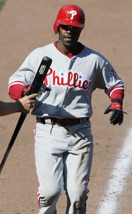 Jimmy Rollins sprained his left ankle yesterday, but he still helped the Phillies beat the Mets.