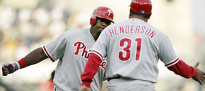  Ryan Howard homered last night against Pittsburgh. Is it a sign?
