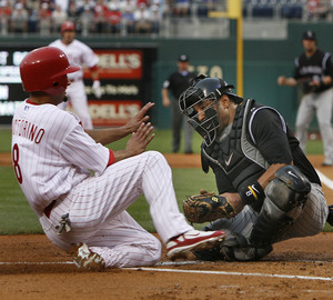 Shane Victorino scores one of the Phillies' billion runs in the last week. Yawn.