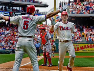 Chase Utley gets a hit and scores in yesterday´s 3-2 loss to the Angels. They could use more of that this week from Utley.