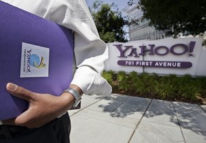 Yahoo, in Sunnyvale, Calif., agreed to give activist investor Carl Icahn three seats on its board.