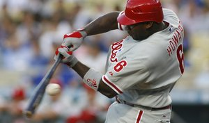 Ryan Howard and the Phillies continue to struggle offensively, and Cole Hamels pays the price.