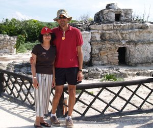 Lini Kadaba and husband Dilip Rajagopalan at the only Mayan ruins they found in Cozumel.