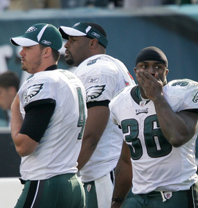 Kevin Kolb, Donovan McNabb, Brian Westbrook in final seconds.