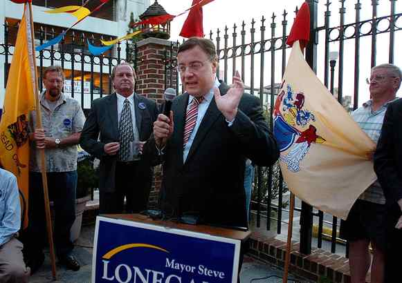Conservative Republican gubernatorial candidate Steve Lonegan campaigned against the open-space bond issue. (BEN FOGLETTO / The Press of Atlantic City)