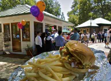 SquareBurger, a joint venture of Stephen Starr and Historic Philadelphia Inc., offers more than burgers. Also available are fries, a salad, and hot dogs.
