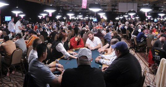 A World Series of Poker tourney at the Rio All-Suite Hotel & Casino drew 6,000 players last year.