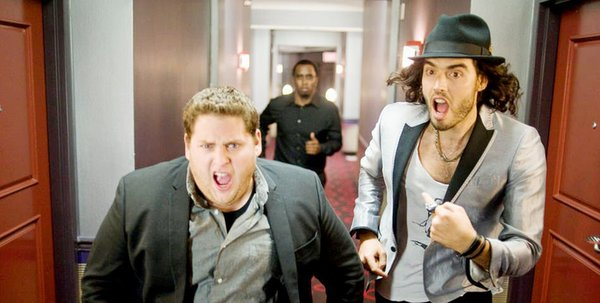 Jonah Hill (left) and Russell Brand as Aaron Greenberg and Aldous Snow. Snow is a fading rock musician with big appetites for booze and drugs, Greenberg a music executive and fan who tries to boost Snow´s career.