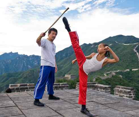 """Jackie Chan and Jaden Smith as trainer and student in """"The Karate Kid,"""" about a 12-year-old´s cultural clash in moving from Detroit to Beijing."""