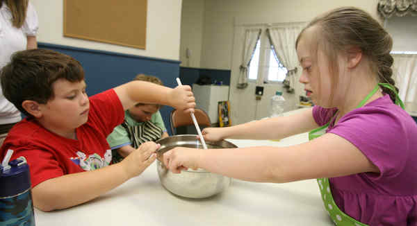 Cooking Club Helps Autistic Children Build Life Skills