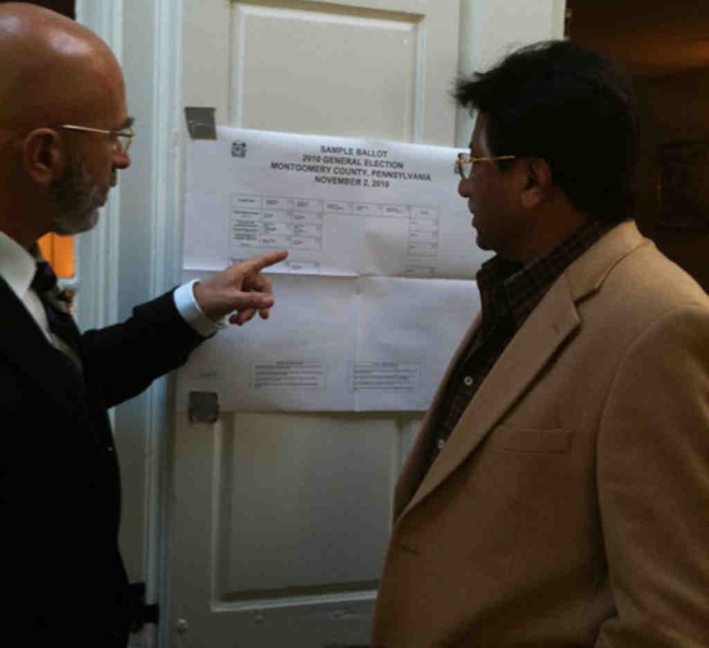 The columnist & Pakistan´s ex-president check out the ballot.