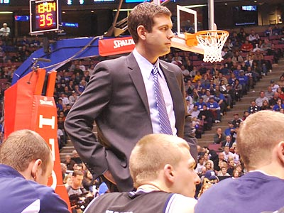Brad Stevens surveys the action during yesterday´s Duke-Butler game at the Meadowlands. (Jonathan Tannenwald/Philly.com)