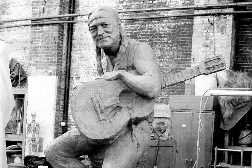Statue-in-progress of Willie Nelson by Clete Shields.