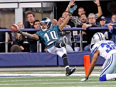 DeSean Jackson celebrated this fourth-quarter touchdown by falling backwards into the end zone. (Ron Cortes/Staff Photographer)