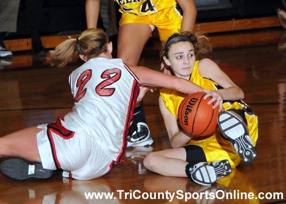 Girls Basketball: Cinnaminson Pirates vs. Delran Bears
