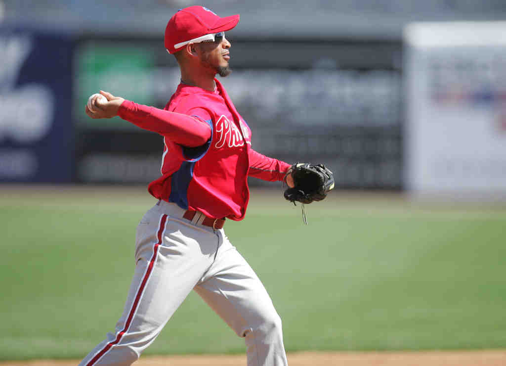 Wilson Valdez, in action during spring training, is an option for the Phils at second base if Chase Utley´s knee problems presist. A deal for the Rangers´ Michael Young might be better still.