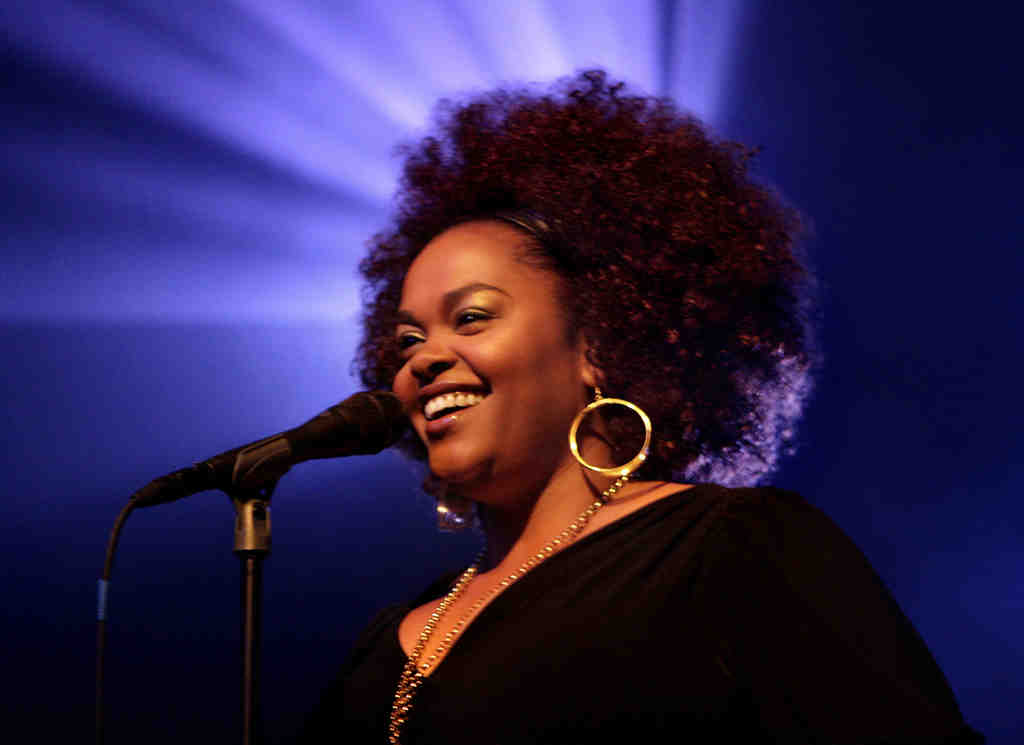 Jill Scott will bring star-studded cast to her video shoot in North Philly.